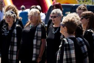 Heyl St Piran Singers entertain the crowds